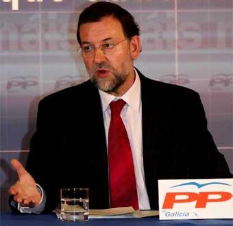 Finalmente, y con un decreto de Zapatero, se instaura la reforma laboral en España