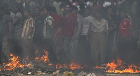 Los criadores egipcios de cerdos se han enfrentado a la policía en protesta por el sacrificio de toda la cabaña del país.- REUTERS