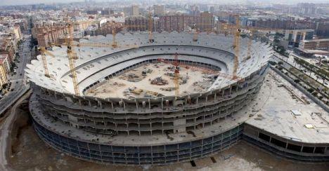 Las obras paralizadas del nuevo estadio del Valencia en 2009 / Efe