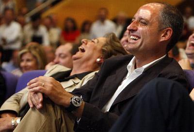 Francisco Camps y Ritá Barberá, muy sonrientes.