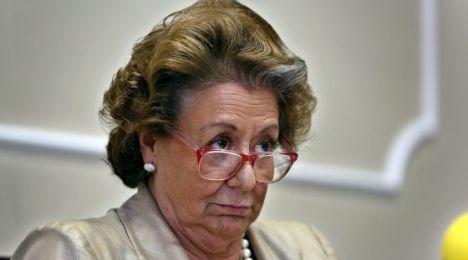 La alcaldesa de Valencia, Rita Barberá, en una rueda de prensa. / MÒNICA TORRES