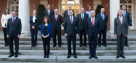 Foto de familia del primer gobierno de Mariano Rajoy