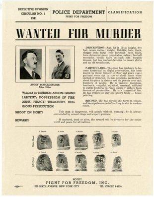 """The Daily Mirror publicó un cartel con Hitler de """"Se busca, vivo o muerto"""" (British Library)"""