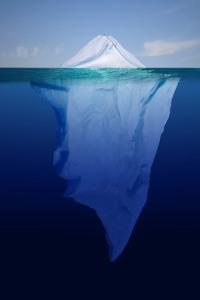 iceberg_kozepes