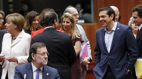 Merkel, Tsipras y Rajoy durante las recientes conversaciones del eurogrupo. Se ve el aislamiento de Rajoy ante su nulo dominio del inglés.