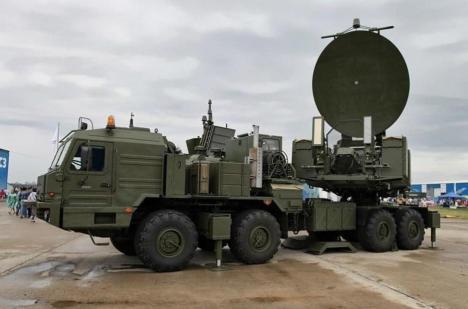 El Krasukha-2, una versión anterior del sistema utilizado por Rusia hoy en día en Siria. (Foto: Wikimedia Commons)