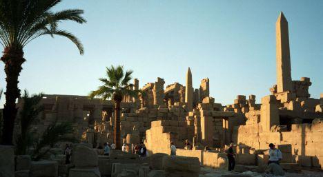 restos-del-complejo-religioso-de-amon-en-karnak